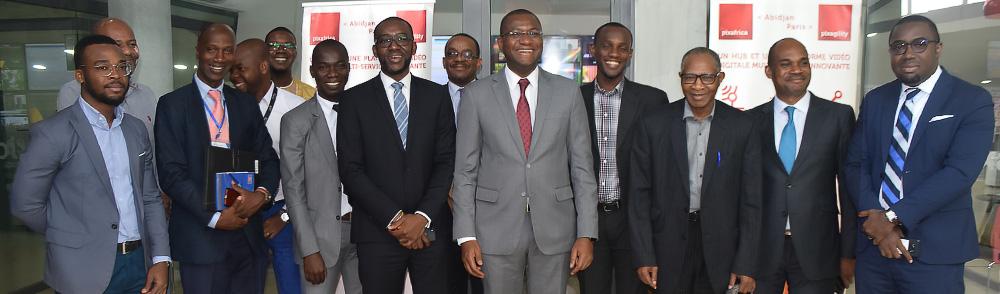 Mr le Ministre TOURE visitant Pixafrica